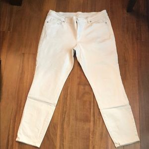 LOFT Size 14 modern skinny ankle jeans